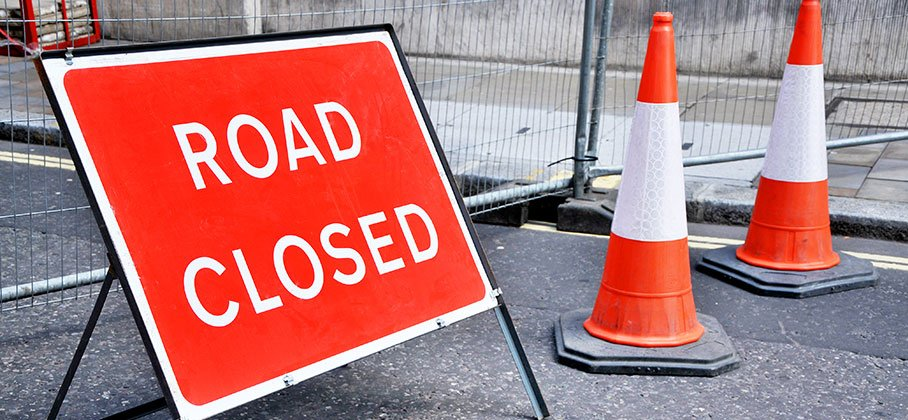 Picture of Road Closed sign and pylon